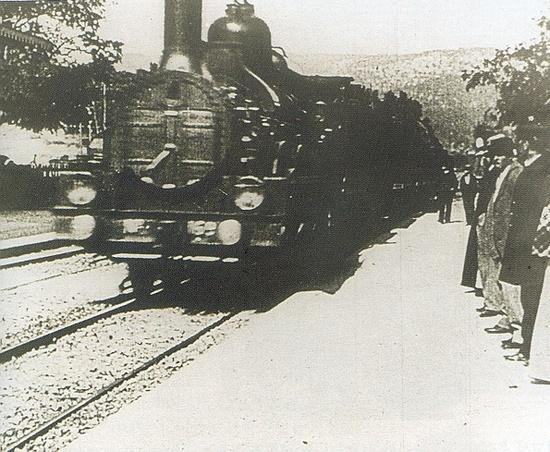 열차의도착_eotjd5849.jpg